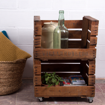 estantes y estanterias con cajas de fruta antiguas - Cajas De Madera Fruta